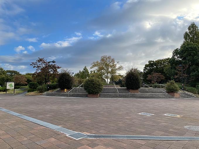 舎人公園入り口.jpg