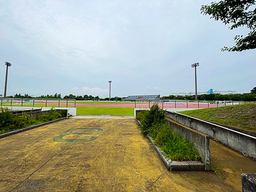 陸上競技場2.jpg